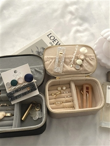 Jewelry Pouch (Great for Travel) (Beige/Black) (will ship within 1~2 weeks)