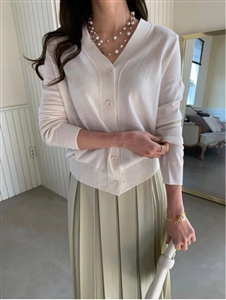 Must Have V Line Cardigan (Pink/Cream/Mint/Ivory/Black) (will ship within 1~2 weeks)