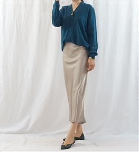 Beige Must Have Silky Skirt (will ship within 1~2 weeks)