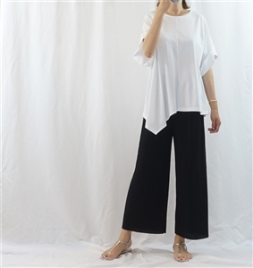 (Pre-Order) White Unbalanced Top (will ship within 1~2 weeks)