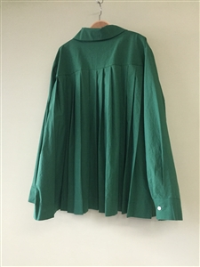 (Pre-Order) Green Back Pleated Blouse (will ship within 1~2 weeks)