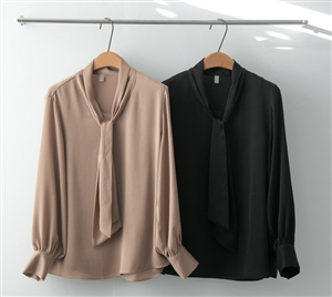 (~10/17) Tie Blouse (Beige/Black) (will ship within 1~2 weeks)