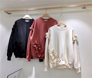 (~10/21) Ruffle MTM Top (Ivory/Black) (will ship within 1~2 weeks)