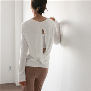 Ivory Back Twisted Top (Great for Yoga & Pilates) (will ship within 1~2 weeks)