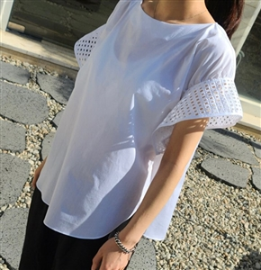 Ivory Rectangle Punching Blouse (will ship within 1~2 weeks)